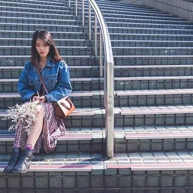 文文Wen Lai♡-壁花女孩