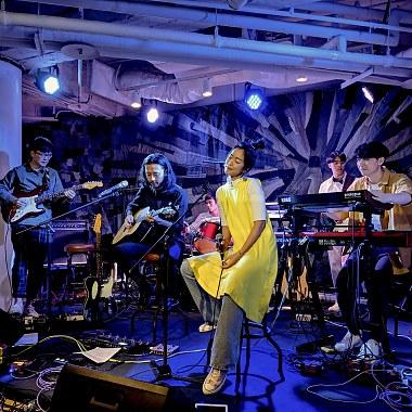 阶梯的雨 (live)